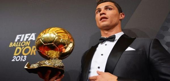 Cristiano Ronaldo vend son Ballon d'Or 2013