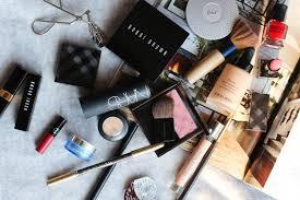Comment reconnaître des produits cosmétiques périmés?