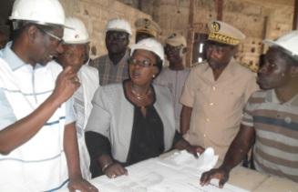 Visite de chantier à Kolda : Mary Teuw Niane pique une colère noire et menace