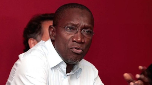 Me Amadou Sall prévient Macky Sall sur une éventuelle invalidation de la candidature de Karim Wade