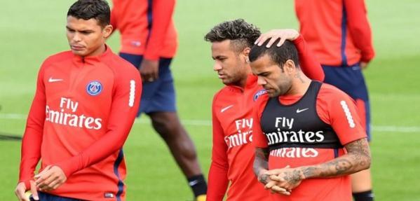 Psg: Neymar, Dani Alves, Silva et Cavani absents à l'entraînement