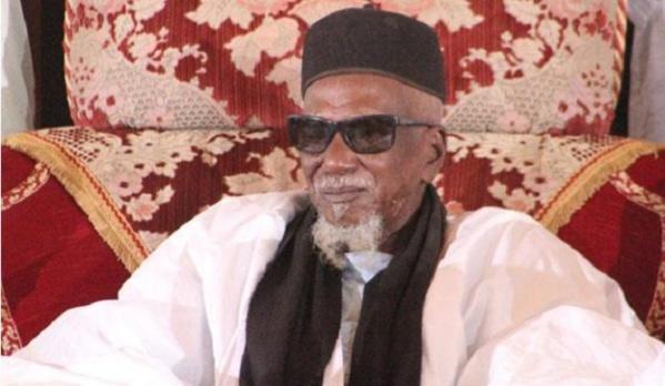 """Dialogue politique : Le khalife général des Mourides, Cheikh Sidy Mokhtar invité à """"réconcilier"""" le Président Macky Sall et Me Abdoulaye Wade"""