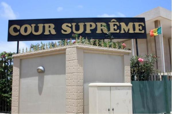 Cumul de fonctions: Un vent de colère souffle sur la Cour suprême