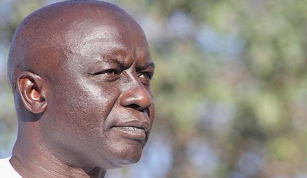 Sonné par la vague de démissions, Idrissa Seck invité à reprendre les visites et le travail de terrain