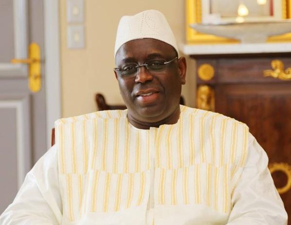 """Le président Macky Sall """"sauve"""" la cité du Port, au grand bonheur des habitants"""