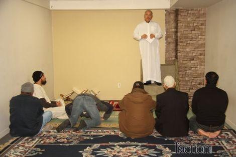Les musulmans recherchent un local pour la prière