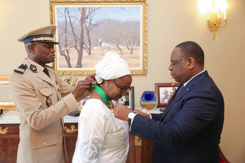 6 photos : Mme Fatou Bintou Djibo du PNUD élevée par le chef de l'Etat au rang de commandeur dans l'ordre national du Lion
