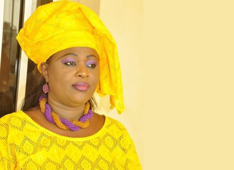 Awa Niang taillée en pièces par les femmes Apr de Mbao