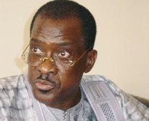 Madické Niang à Banjul pour faire « baisser la tension »
