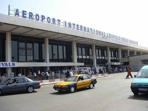 Aéroport Léopold Sédar Senghor : 960 téléphones portables volés et retrouvés 6 ans après