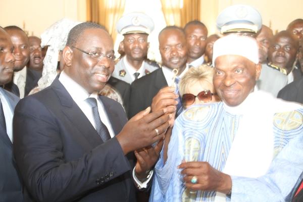 Réconciliation Macky Sall – Me Wade : Le Pouvoir et le PDS donnent leur position sur le vœu du Khalife des Mourides