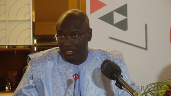 """Aly Ngouille Ndiaye tacle le maire de Touba: """"J'ai été ministre de l'Energie et vous n'avez jamais payé vos factures"""""""