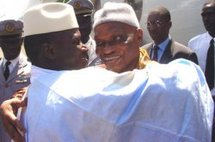 Abdoulaye Wade rend visite à Yahya Jammeh