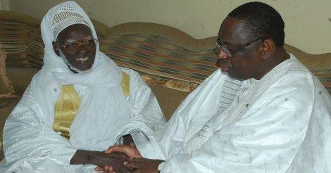"""Serigne Mountakha à Macky Sall : """"Gardez votre confiance et restez fidèle à vos convictions, Serigne Touba vous..."""""""