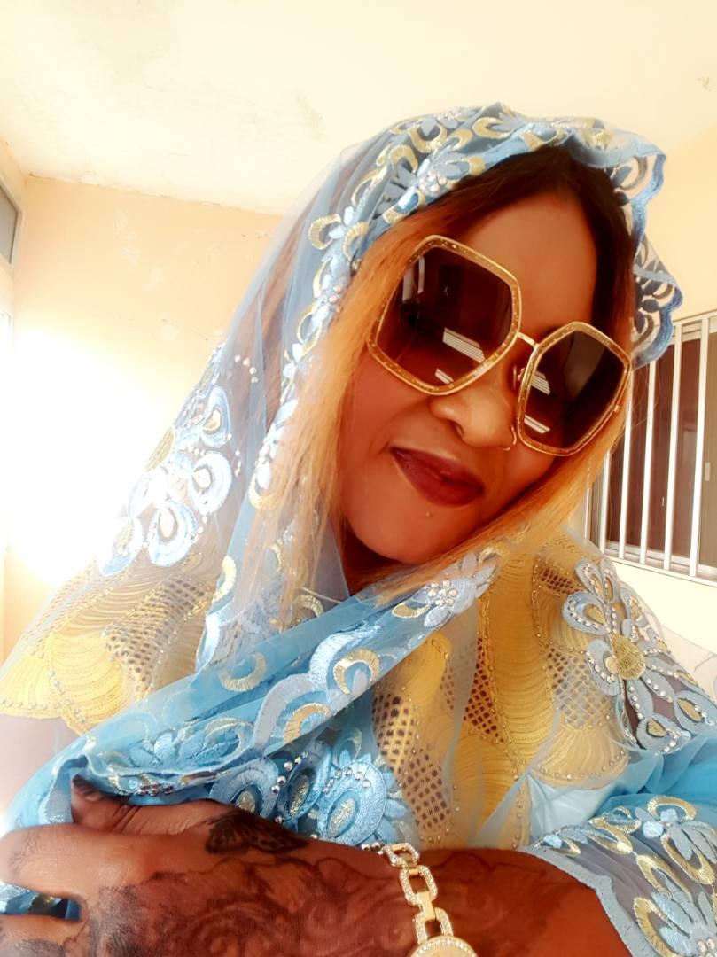 11 photos: Awa, la sœur du coach Cissé toute sublime à Touba