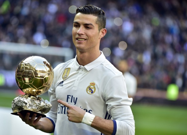 Le Ballon d'Or décerné début décembre
