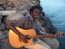 Mame Balla, chanteur : « Je ne me suis jamais disputé avec Ndongo Lô pour une fille »