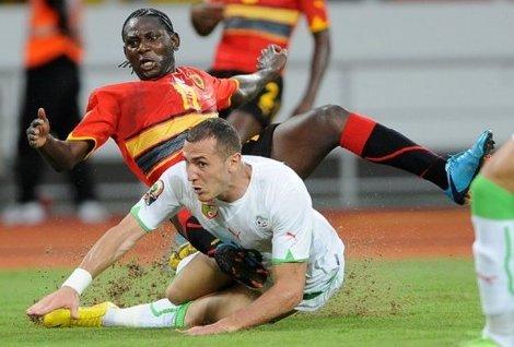 CAN 2010 : L'Angola et l'Algérie passent en quarts de finale