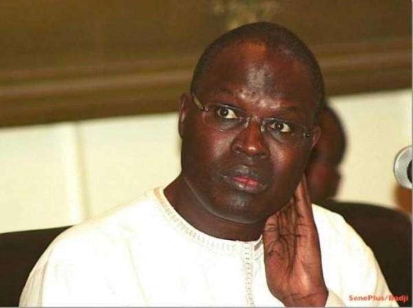 La sœur de Khalifa Sall menace : « Macky Sall saura à qui il a affaire si… »