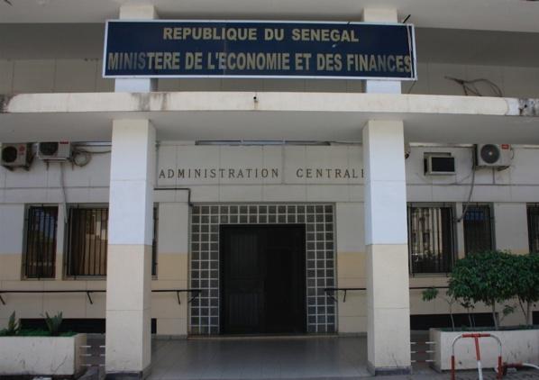 """Ponctions salariales du mois de Novembre: """"Aucun salaire n'a fait l'objet de ponction"""", selon Mamadou, M.Ba"""