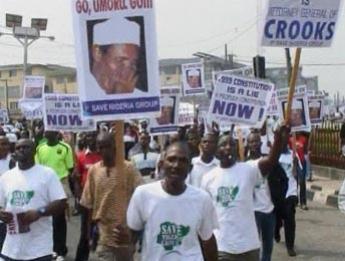 NIGERIA : La porte-parole du gouvernement demande le départ du président