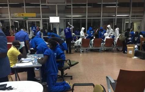 Vente de migrants: les récits bouleversants des Sénégalais rapatriés de Libye