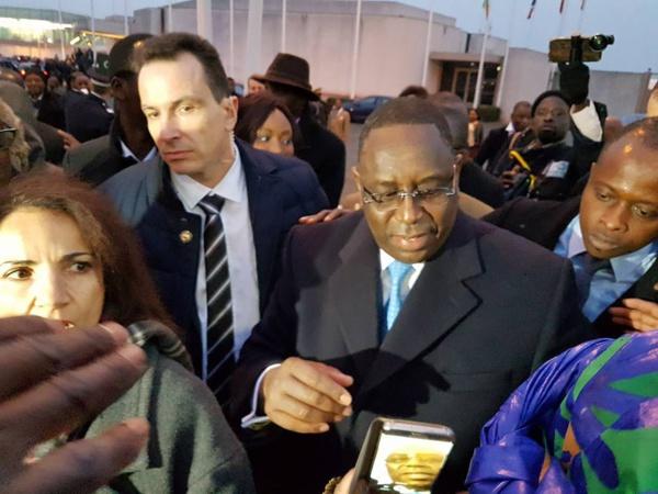 """Le Président Macky Sall: """"avec l'AIBD, le Sénégal prend assurément son envol"""""""