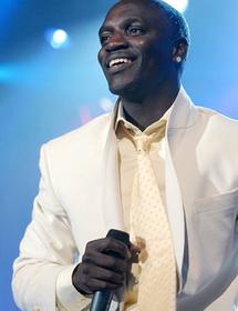 Akon fait ses débuts à Bollywood !