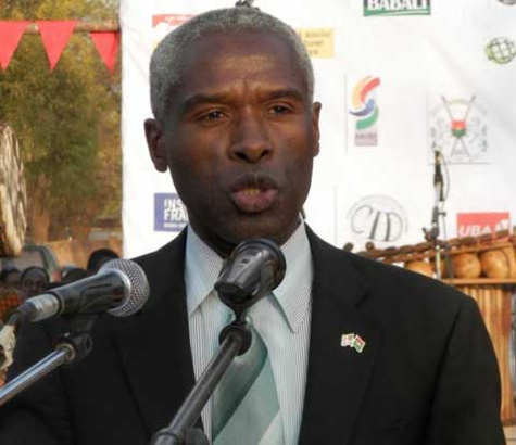 Remise de matériel à la Police nationale par l'ambassade des Etats-Unis: « Nous comptons sur le Sénégal en tant que partenaire crucial dans la région… », dixit Son Excellence Tulinabo Salama Mushingi
