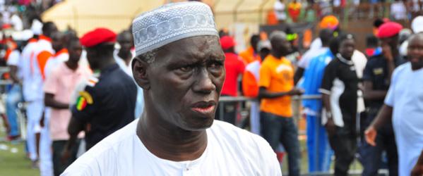 Mbaye Gueye fusille le fils de Less : « Balla ne peut battre Gris Bordeaux »