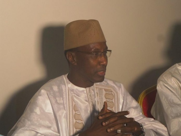 En meeting à Louga : Mamour Diallo, leader du Mouvement «Dolly» mobilise, débauche, rassure et étrille