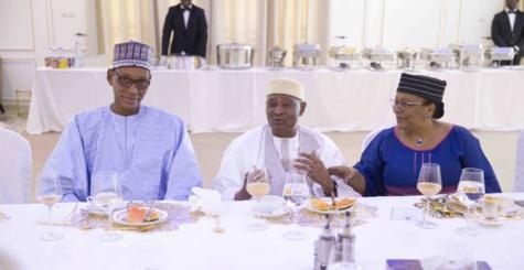 Mali : les images du déjeuner entre le président IBK et ATT