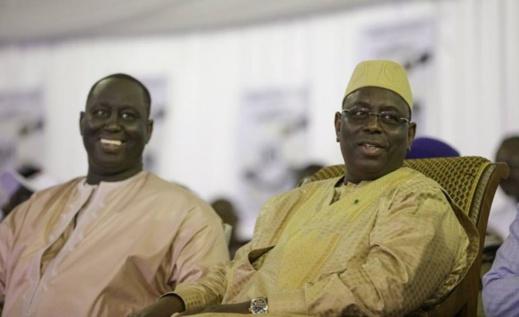 """Aliou chante Macky:  """"Il a fait au Sénégal ce qu'aucun autre chef d'Etat n'a réussi à faire"""""""