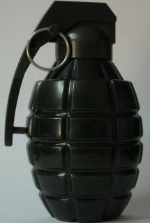 Conakry : Une fille lance une grenade dans un night club ...