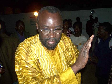 Les Mackystes de Touba et de Mbacké rejettent le choix porté sur Cissé LO pour diriger localement