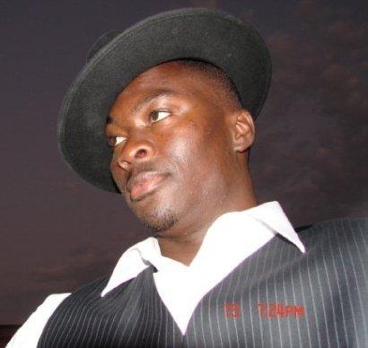 Emission: La Voix/voie des jeunes:  Il y a 10 Ans jour pour jour, les électeurs Sénégalais portaient au pouvoir l'opposant de toujours, Abdoulaye Wade, qui avait fait campagne sur le slogan du « Sopi = changement »