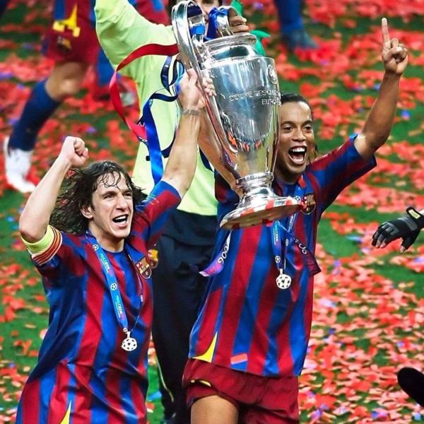 """Retraite de Ronaldinho - Puyol: """" Il fallait le laisser tel qu'il était """""""