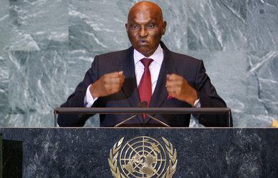 Abdoulaye Wade justifie dans le JDD la construction d'un monument de la Renaissance africaine. (Reuters)