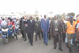 """Cinquantenaire du Sénégal : GBAGBO ÉTAIT À L'INAUGURATION DU MONUMENT DE LA """"RENAISSANCE AFRICAINE"""""""