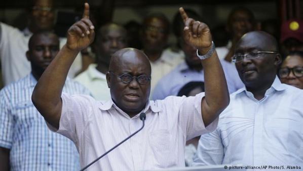 Nana Akufo-Addo, Président ghanéen : « nous ne pouvons pas dépendre des autres pour financer notre éducation »