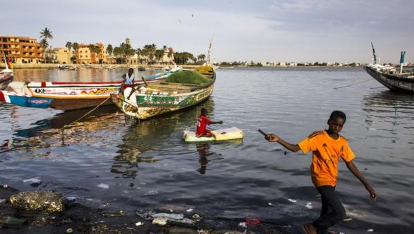 Sénégal: Emmanuel Macron à Saint-Louis menacée par la montée des eaux
