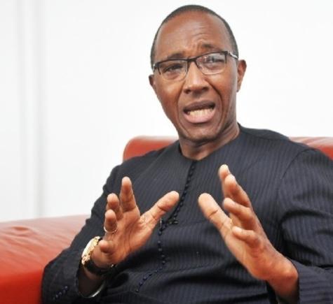 Abdoul Mbaye rend le tablier à ...