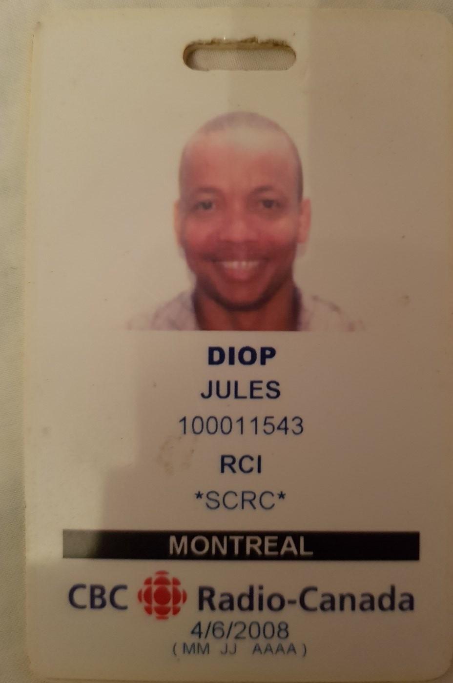 Souvenir : la carte professionnelle de Souleymane Jules Diop quand il était rédacteur-présentateur à Radio-Canada International