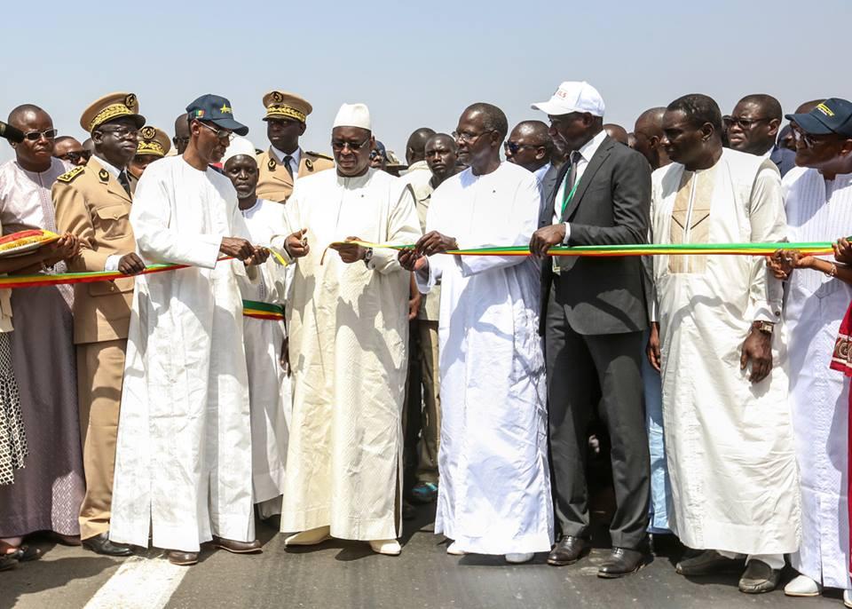 Macky Sall a inauguré la route de 42 km Fatick-Kaolack pour 16,4 milliards FCFA