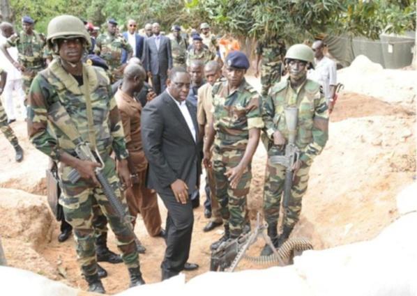 Démantèlement des bases rebelles : Macky augmente les primes des soldats en guise de félicitations