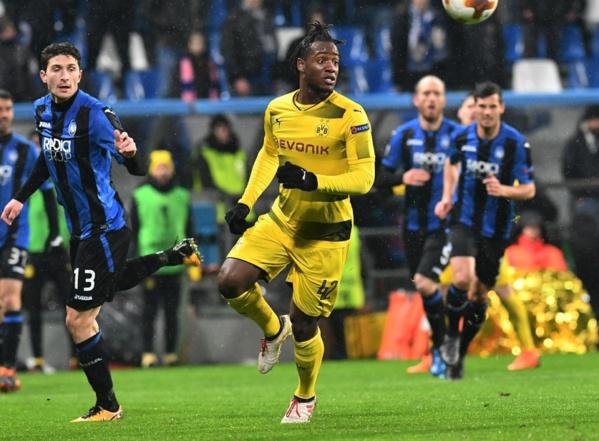 Dortmund: Batshuayi dénonce des cris racistes à l'Atalanta