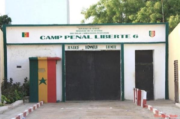 Prison du Camp pénal de Liberté VI: les détenus observent une grève de la faim