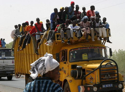 Le minibus des pélerins de Porokhane se renverse : 1 mort et 20 blesssés