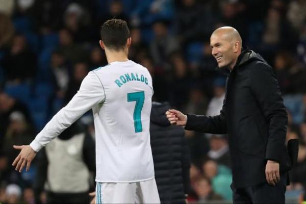 Zinédine Zidane: «Cristiano Ronaldo est d'une autre galaxie»