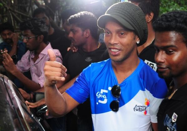 Ronaldinho se lance bien en politique